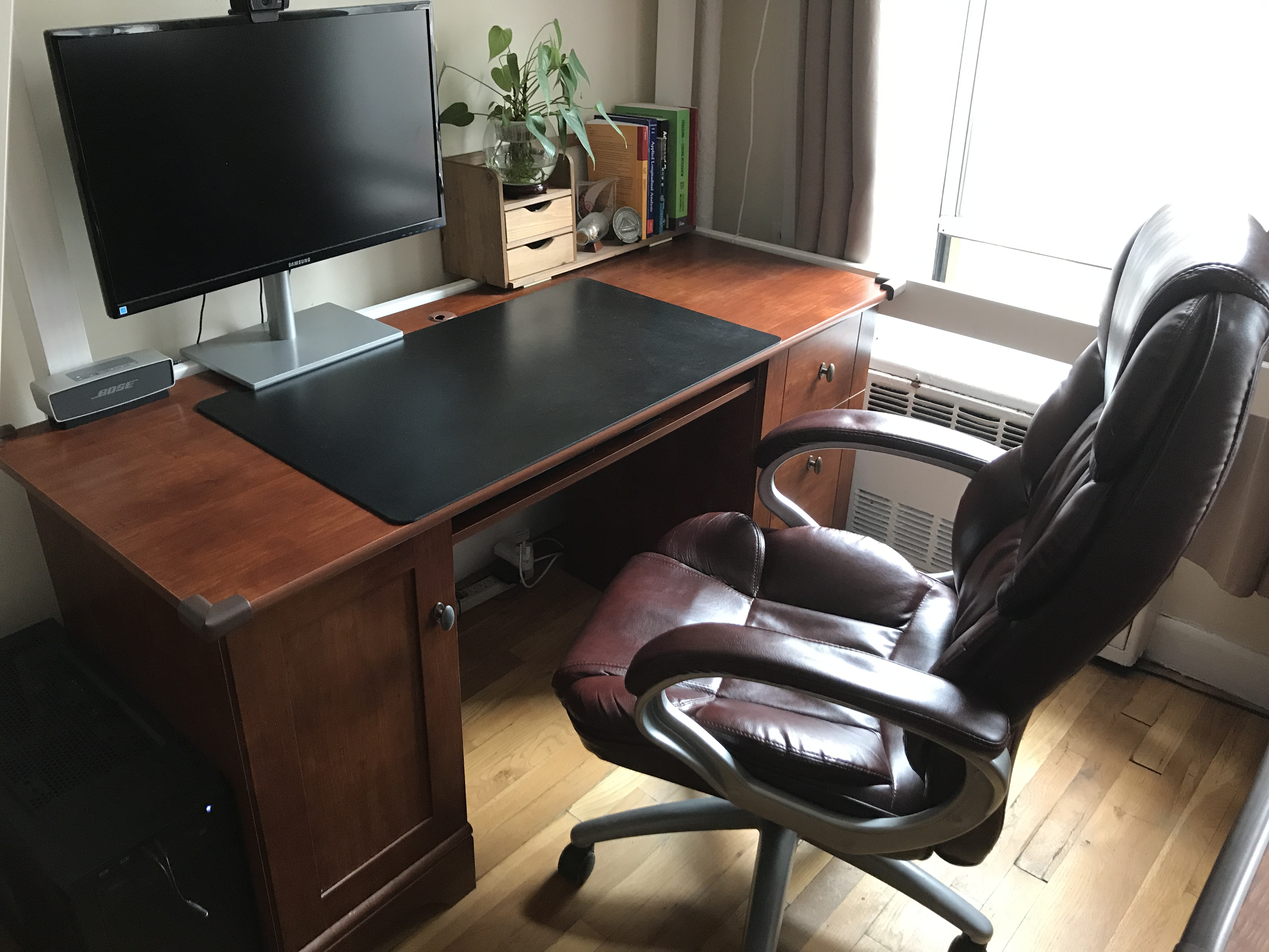 Fantastic Office Desk Chair Sell Bbs Download Free Architecture Designs Grimeyleaguecom